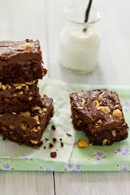 Brownies By Hervé Cuisine Http Sips And Spoonfuls Chocolate Nutella And Hazel Nut Brownie Cake