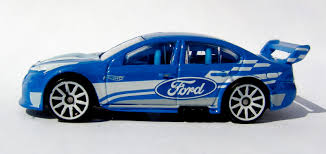 matchbox audi r8 capital diecast garage wheels ford falcon v8 supercar 2011