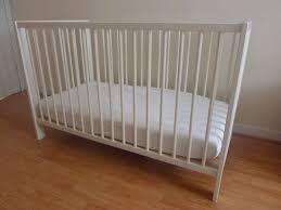 ikéa chambre bébé lit bebe matelas ikea clasf