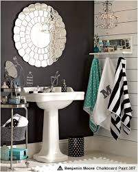 love for small bathroom super cute these are the colors i u0027m