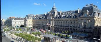 Rennes Tripbook Hostels Worldwide Hostelling International Bureau De Change Rue De Rennes