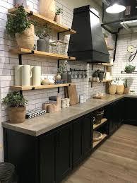 cuisine bois et blanche 1001 idées cuisine noir mat et bois élégance et sobriété