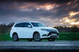 mitsubishi outlander phev gx4h 2015 review
