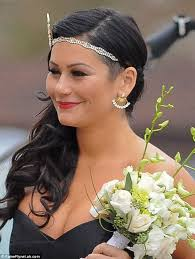 hairstyles inspired by the great gatsby she said united jwoww in fitted black dress for snooki s great gatsby themed wedding