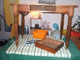 meuble bureau ancien bureau ancien patine détourné en meuble vasque de salle de bain