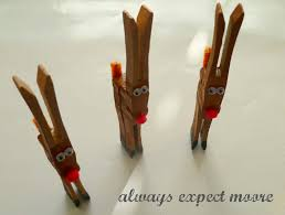 expect moore clothespin reindeer one photo tutorial christmas