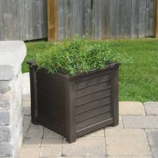Square Plastic Planters by 84 Best Patio Planters Images On Pinterest Patio Planters Tall