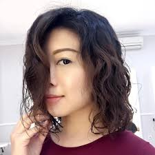 he gets excited having his hair permed and highlighted 8 modern and stylish ways to work a wavy perm in 2017