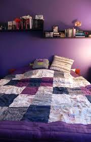 peinture violette chambre chic chambre à coucher violet peinture murale quelle couleur choisir