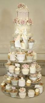 wedding cupcakes 100 ideas about beautiful wedding cupcakes hi miss puff