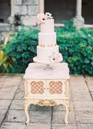 Wedding Cake Display Ideas For Your Vintage Wedding Cake Display Love In Vintage