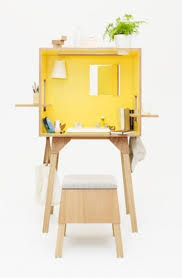 Minimalist Workspace Very Compact And Minimalist Workspace To Keep Maximum Privacy