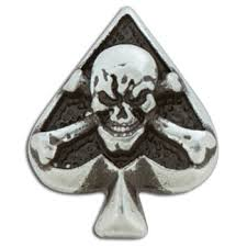 skull spade concho 1 x 1 1 4 25 x 32 mm tandy leather
