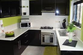 idee deco cuisine grise deco cuisine vert avec 10 cuisines au look industriel kitchens