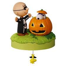 snoopy pumpkin carving ideas snoopy peanuts charlie brown hallmark christmas halloween ornament