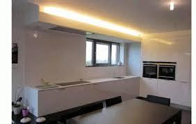 eclairage plafond cuisine led cuisine eclairage de cuisine faux plafond lumineux cuisine