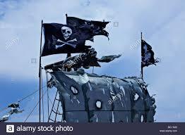 Scottish Pirate Flag Tattered Sea Stock Photos U0026 Tattered Sea Stock Images Alamy