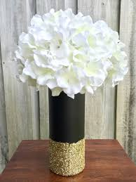 Black And White Centerpieces For Weddings by Best 25 Black Gold Party Ideas On Pinterest Graduation Party