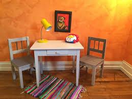 bureau enfant retro ensemble bureau et chaises enfant vintage do ré mi rétro