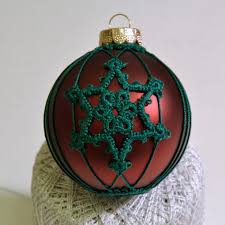 tatting a snowflake on an ornament 6 steps with pictures