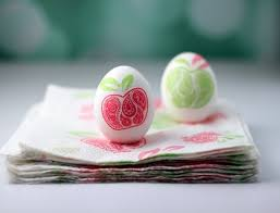 Easter Egg Decorating Ideas On Paper by 11 Easter Egg Decorating Ideas Town U0026 Country Living