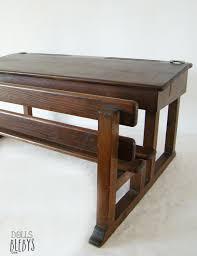 bureau en bois pupitre bois vintage avec encriers grand modèle pour jouer à l