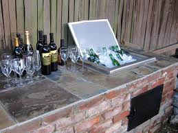 Patio Ice Bucket With Stand by 32 Best Diy Outdoor Bar Ideas And Designs For 2017
