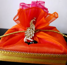 wedding gift on a budget indian wedding gift ideas for from friends lading for