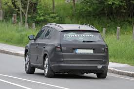 skoda kodiaq 2017 2017 skoda kodiaq spied again wearing black camo