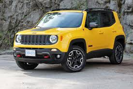 jeep renegade sunroof big guy small car test drive 2016 jeep renegade trailhawk autos ca