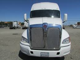 kenworth t700 used 2011 kenworth t700 sleeper for sale in ca 1136