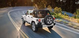 jeep wrangler or jeep wrangler unlimited top reasons to buy a jeep wrangler unlimited model