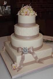 wedding cake makers near me wedding cakes the cake engineer ivory wedding cake with