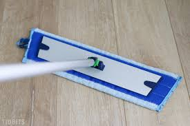 Best Way To Clean Laminate Floors Without Streaking How I Clean Laminate Flooring Tidbits