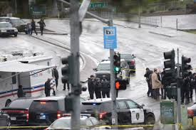 oakland police suspected sniper shot by officer dies