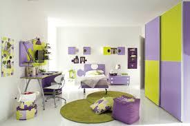 schöne kinderzimmer schönes kinderzimmer in grün lila kinderzimmer babyzimmer