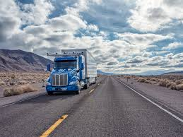 Texas what is the safest way to travel images Self driving trucks are now running between texas and california jpg