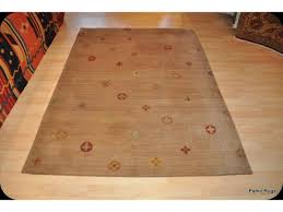 Modern Tibetan Rugs Beautiful Decorative Tibetan Rug Measures About 5 X 8 It Has A