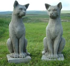pair of solid cast cat garden statues each stands half a