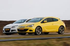 opel dodge opel astra gtc vs renault mégane coupé gt roadtest english subt