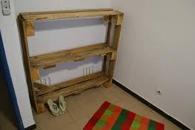 meuble fait en palette fabriquer un meuble avec des palettes enchanteur sur dacoration