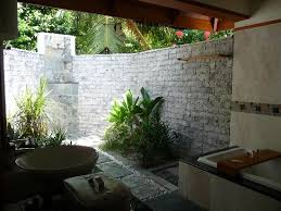 outside showers outdoor bathroom shower outdoor bathroom ideas