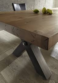 Esszimmertisch Industriedesign Esstisch Aus Massiv Eiche Tisch Im Industriedesign Mit Einem