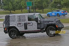 new jeep wrangler jl spy shots of 2018 jeep wrangler jl show new led taillight pattern