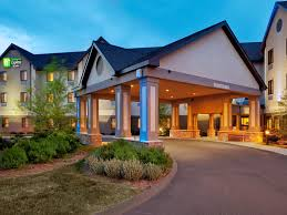 Hotels Near Six Flags Springfield Ma Holiday Inn Express U0026 Suites Bradley Airport Hotel By Ihg