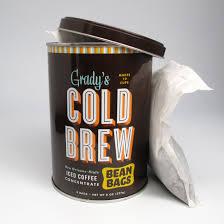 grady u0027s cold brew bean bags sur la table