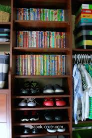 5 tips for organizing a toddler room graceful order