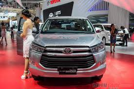mitsubishi indonesia 2016 new toyota innova showcased at 2016 indonesia auto show