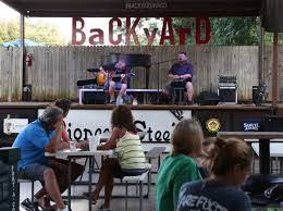 Bands Of The Backyard Kevin Fowler With Brett Hendrix Band Music Wacotrib Com