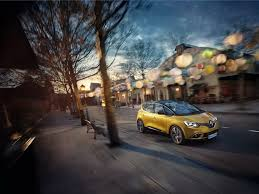 renault 26 new renault scenic blurs the styling line between minivans and
